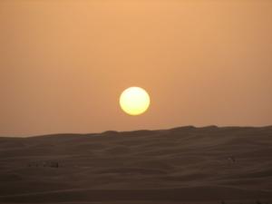 Sunset in der Wüste von Dubai