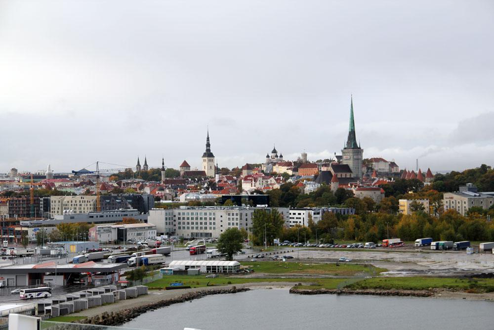Blick über die Skyline von Tallinn